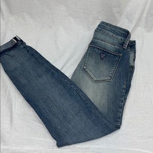 Guess brand skinny cropped jeans, size 24